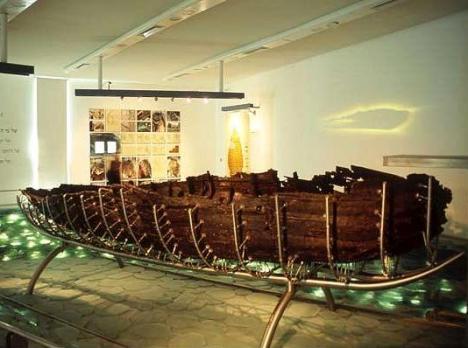 Barca-siglo-I-mar-Galilea-Israel2